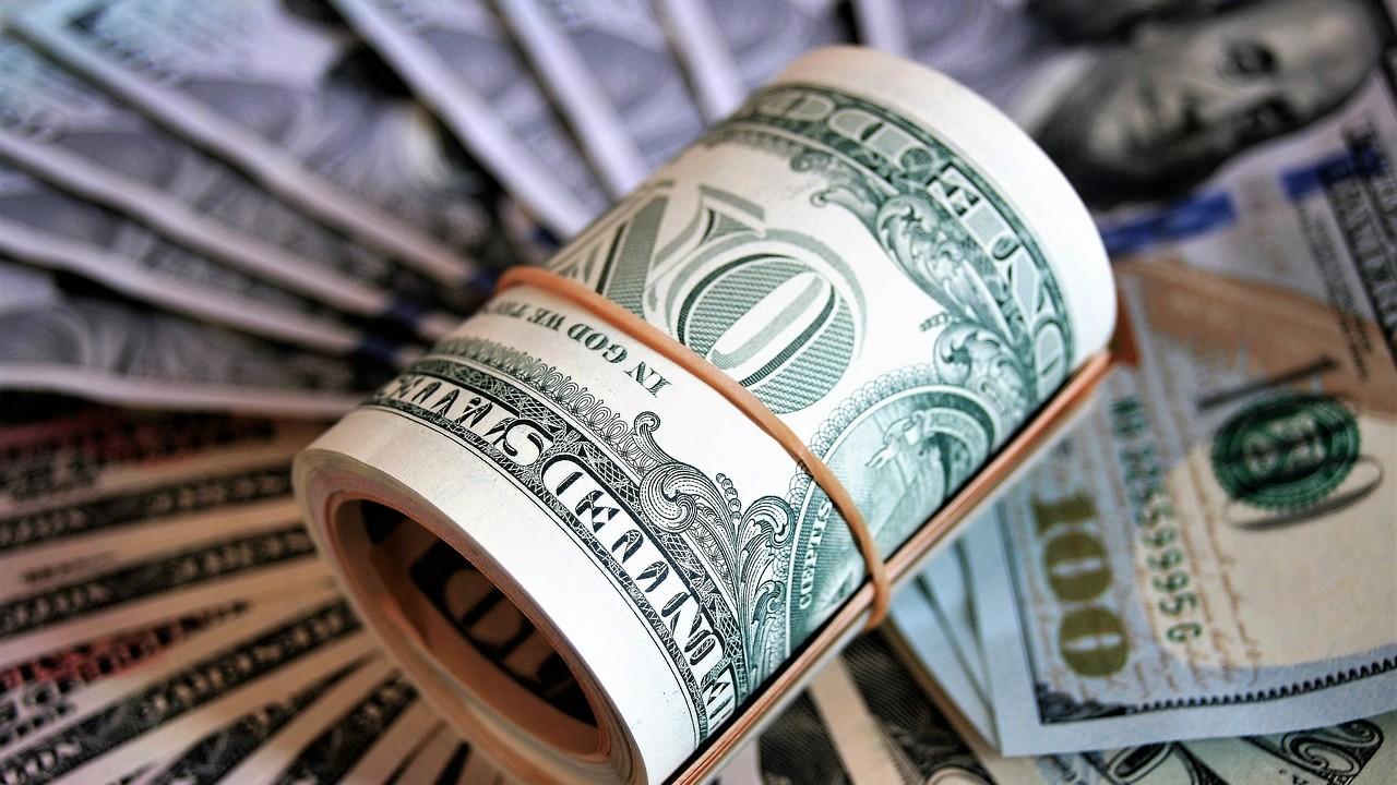 Las familias más acaudaladas están juntando efectivo para hacer compras en tiempos de recesión. Foto: Pixabay
